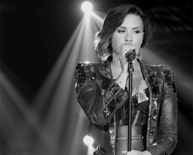 Demi Lovato faz promessa de nova música em breve (Foto: Reprodução)