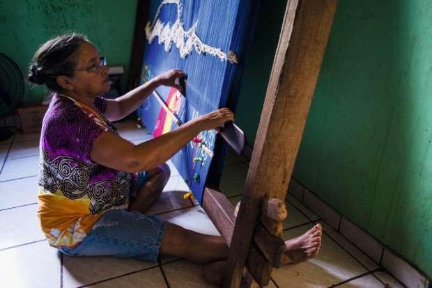 Judith Pereira, uma das artesãs de Limpo Grandel (Foto: Lucas Ninno/Editora Globo)