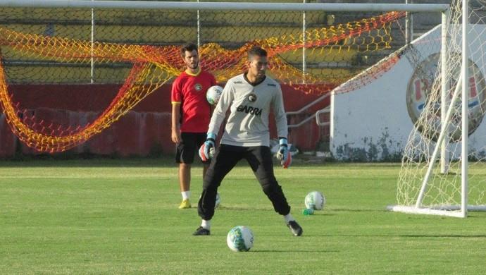 Rafael goleiro Globo FC (Foto: Rhuan Carlos/Divulgação)