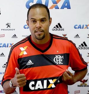Alecsandro apresentado Flamengo (Foto: Fernando Soutello / Agência Estado)