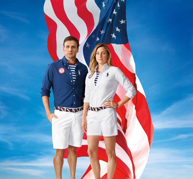 Os Estados Unidos chegam com roupas assinadas pela Ralph Lauren, marca tipicamente americana. Para eles, camisa azul com camiseta listrada e bermuda branca na abertura (Foto: Divulgação)