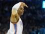 Westbrook faz 32º triplo-duplo, passa Chamberlain, e Thunder bate o Utah