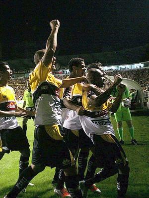 Tartá comemoração gol Criciúma Avaí (Foto: Fernando Ribeiro / Agência Estado)