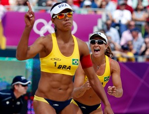 v&#244;lei juliana e larissa londres 2012 (Foto: Ag&#234;ncia Reuters)