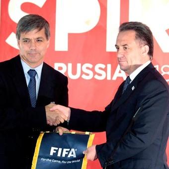 Mayne Nicholls FIFA e Vitaly Mutko Ministro esporte Rússia Inspeção copa 2018 (Foto: Reuters)