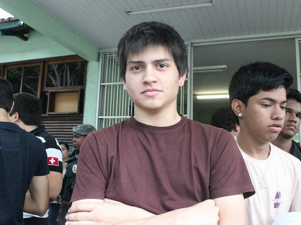 Yan Rodrigues fez uma avaliação positiva dos dois dias de vestibular (Foto: Camila Henriques/G1 AM)