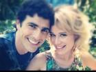 Reynaldo Gianecchini e Mariana Ximenes posam juntos para foto