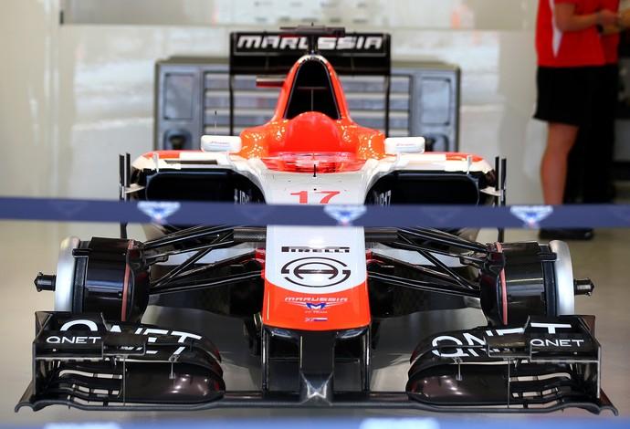 Marussia monta carro de Jules Bianchi e deixa exposto em box do GP da Rússia (Foto: Getty Images)