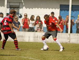 D'Alessandro em jogo-treino do Inter (Foto: Diego Guichard)