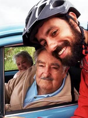 Carlos Eduardo tirou selfie com presidente uruguaio  (Foto: Carlos Eduardo/Arquivo Pessoal)