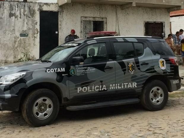 Policial foi morto por três homens neste sábado (18) em Caucaia (Foto: Josean Ramos/TV Verdes Mares)