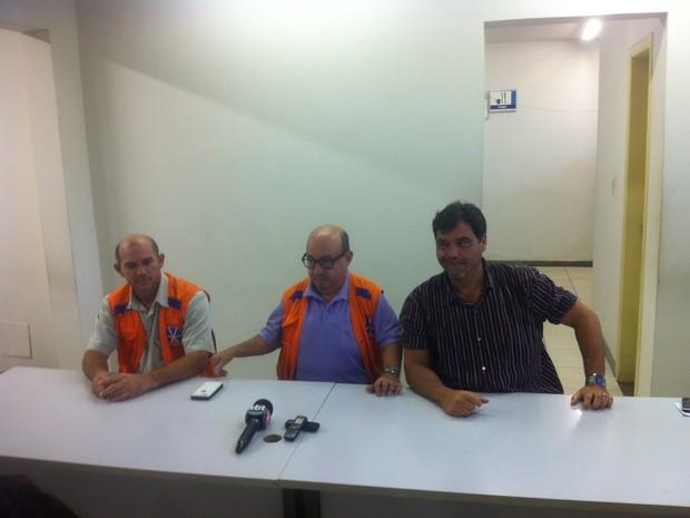 Defesa Civil falou sobre a possibilidade do Rio Doce transbordar em Governador Valadares (MG). (Foto: Sávio Scarabelli/G1)