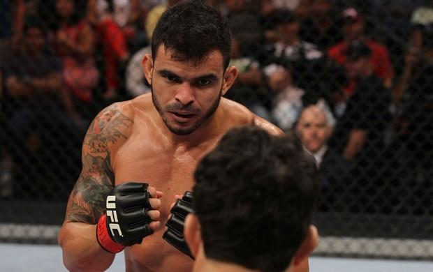 TUF - Viscardi Andrade x Thiago Jambo (Foto: Divulgação/ UFC)