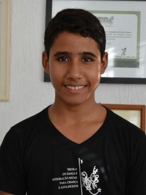 Mateus Mesquita, um dos jovens bailarino da ONG Edisca (Foto: Divulgação)