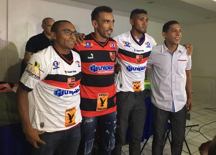 Fabinho, Eduardo e Tiaguinho Flamengo-PI (Foto: Stephanie Pacheco)