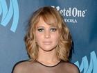 Jennifer Lawrence muda o visual e aparece com o cabelo mais curto