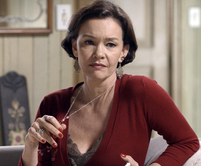 Dorotéia adora porvocar todos, mas Melissa é o seu alvo principal (Foto: TV Globo)