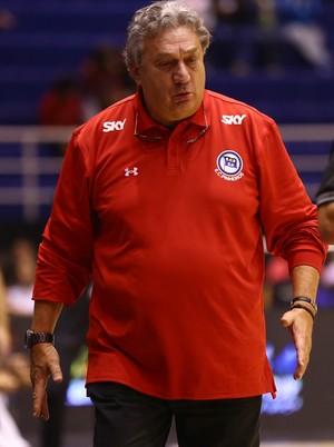 Claudio Mortari sabe das dificuldades que o Pinheiros vai encontrar no Rio de Janeiro (Foto: Luiz Pires/Fotojump)