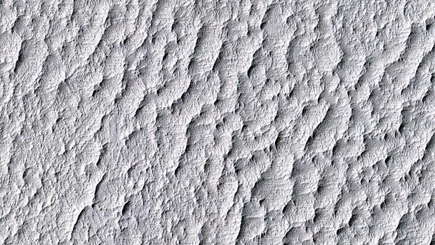 """A planície Schiaparelli, em Marte, local de pouso da missão fictícia """"Ares 4"""", do filme perdido em Marte. (Foto: JPL/Nasa/Univ. do Arizona)"""