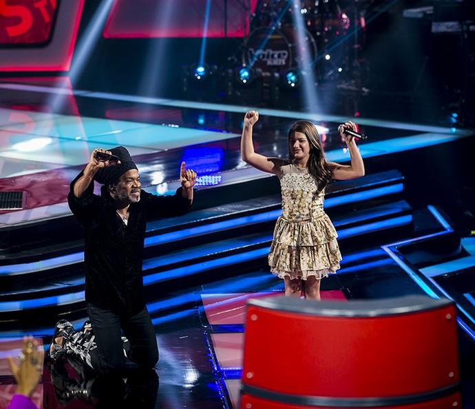 Kaliny Rodrigues comemora aprovação no The Voice Kids (Foto: Isabella Pinheiro/Gshow)