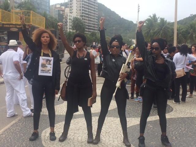 Marcha das Mulheres Negras é realizada no Leme, Zona Sul do Rio (Foto: Matheus Rodrigues/G1)