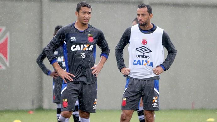 Nenê e Jean Vasco (Foto: Paulo Fernandes/Vasco.com.br)