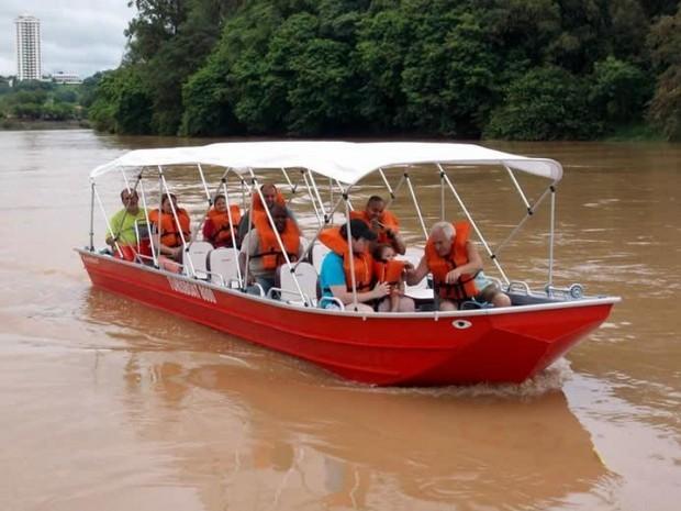 Passeio turístico de barco pelo Rio Piracicaba (Foto: Passeio Panorâmico Piracicaba/Divulgação)