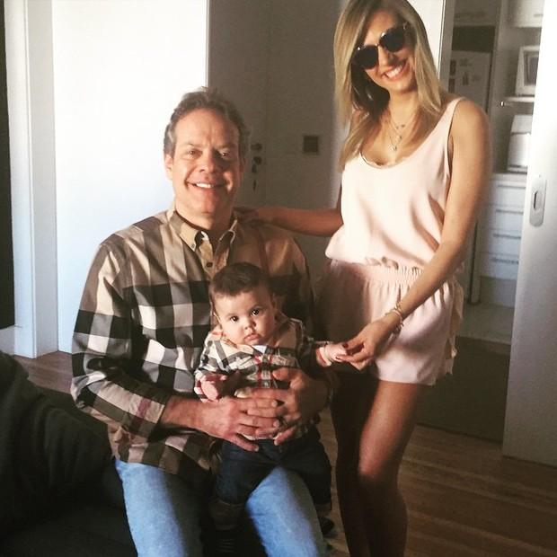 Luisa Mell com o marido e o filho (Foto: Instagram / Reprodução)