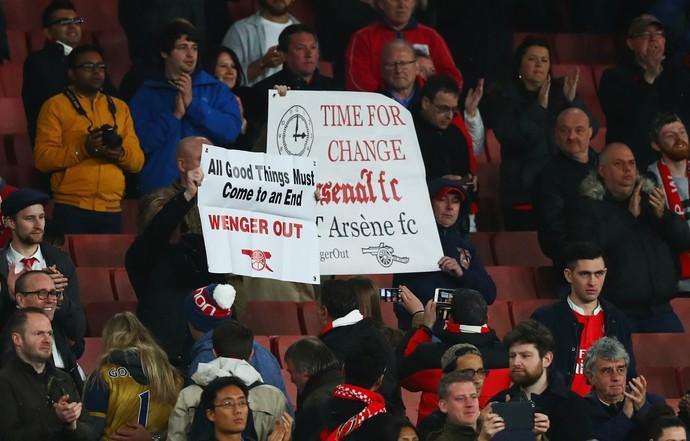 Protesto da torcida do Arsenal (Foto: Getty Images)