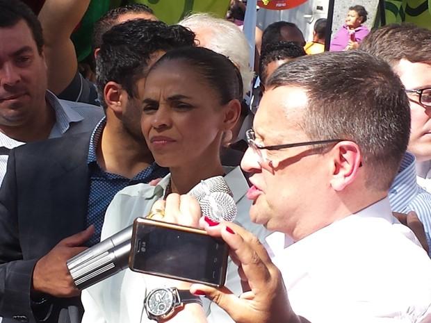 A candidata do PSB à Presidência, Marina Silva, e o candidato a vice, Beto Albuquerque, em Betim (MG) (Foto: Raquel Freitas/G1)