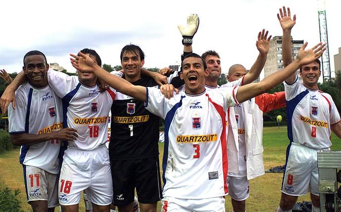Paraná Campeão Copa João Havelange 2000 (Foto: Arquivo / Agência Estado)