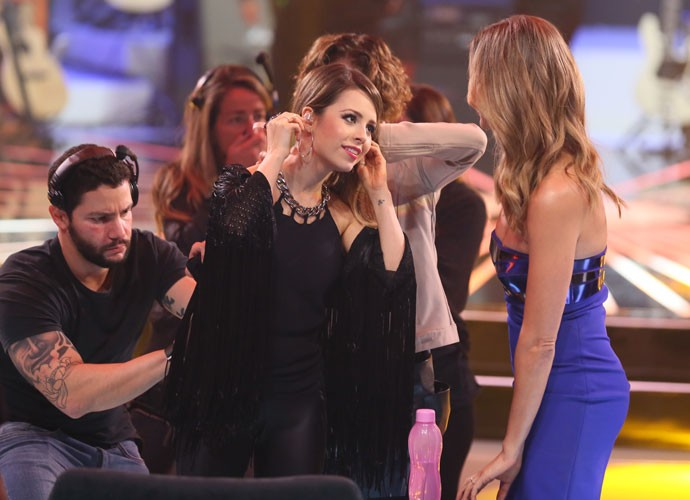 Sandy e Fê Lima nos bastidores do SuperStar (Foto: Isabella Pinheiro/Gshow)