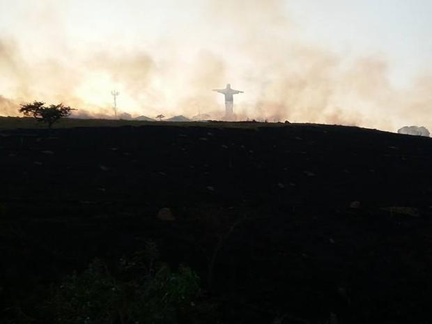 Fogo, Oliveira, Cristo (Foto: Marcelo Praxedes/Divulgação)