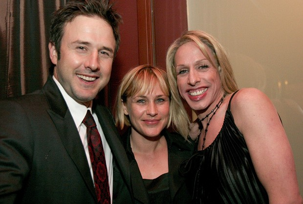 Os irmãos David Arquette, Patricia Arquette e Alexis Arquette (Foto: Charley Gallay/Getty Images)
