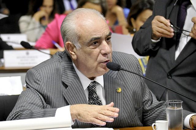 Senador Antonio Carlos Rodrigues (PR-SP) na  Comissão de Constituição, Justiça e Cidadania (Foto: Geraldo Magela/Agência Senado)