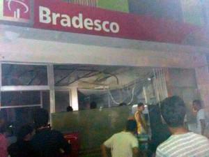Quadrilha explode caixas eletrônicos na cidade de Sobradinho, na Bahia (Foto: Divulgação/Polícia Civil)
