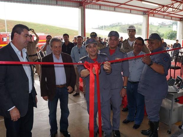 Corpo de Bombeiros em Oliveira vai atender a outras 11 cidades da região (Foto: Divulgação/ Prefeitura de Oliveira )