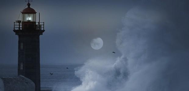 A lua influencia as marés (Foto: Thinkstock)