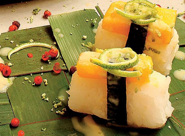 Sushi de manga, coco e limão (Foto: Divulgação)