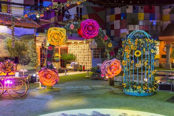Portal de flores encantou os brothers (Foto: Artur Meninea/Gshow)