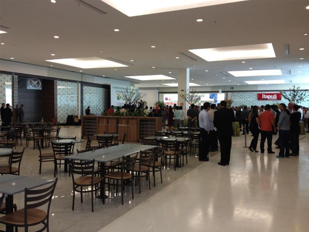 Shopping de Pouso Alegre é inaugurado. (Foto: Thiago Luz / EPTV)