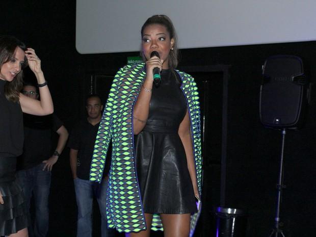 MC Ludmilla em pré-estreia de filme na Zona Oeste do Rio (Foto: Alex Palarea/ Ag. News)