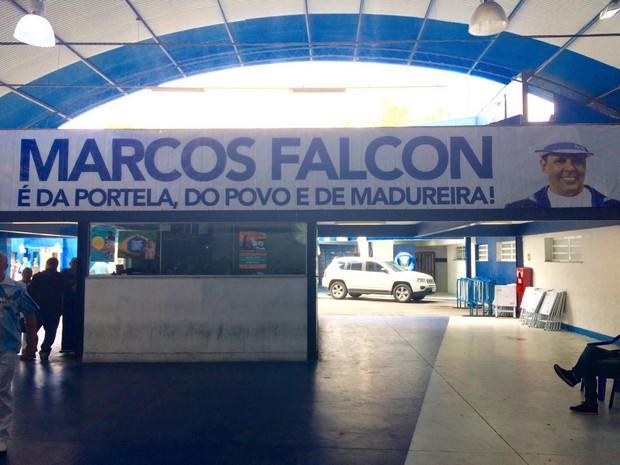 Velório Falcon  (Foto: Rafael Godinho/ EGO)