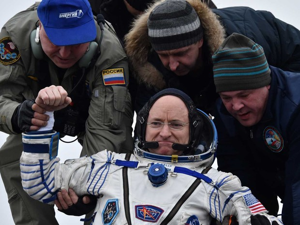 O norte-americano Scott Kelly (Foto: Kirill Kudryavtsev / Pool / via AFP Photo)