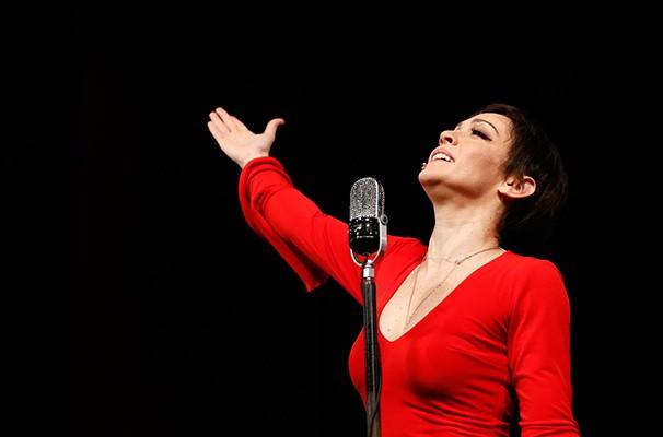 Laila Garin como Elis Regina: atriz foi escolhida dentre mais de 200 candidatas   (Foto: Divulgação)