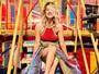 Giovanna Ewbank posa com vestido de crochê e exibe as pernas em NY