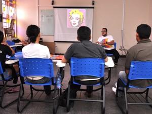 Oficinas abordam temas de arte contemporânea (Foto: Jader Souza)