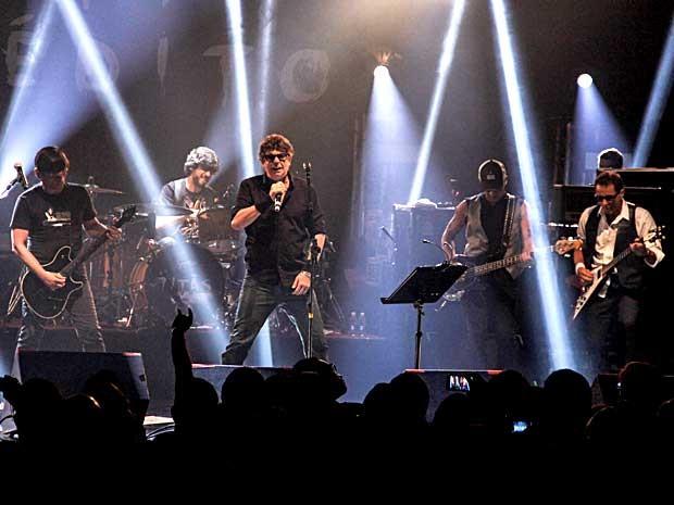 Titãs tocam músicas inéditas em palco de Brasília (Foto: Rômulo Juracy/Divulgação)