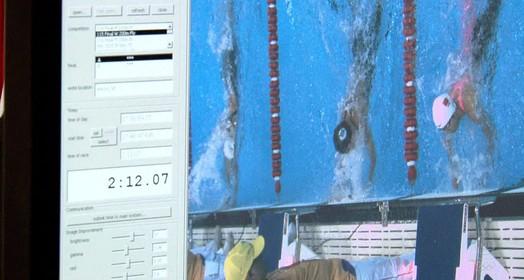 Tecnologia se torna cada vez mais essencial na natação (REUTERS/John Vizcaino)