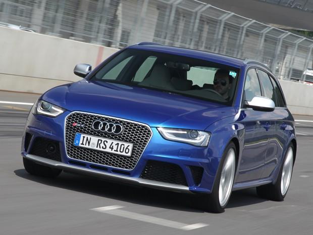 Audi RS 4 chega em 2013 por aproximadamente R$ 400 mil (Foto: Kati Ebne / Divulgação)